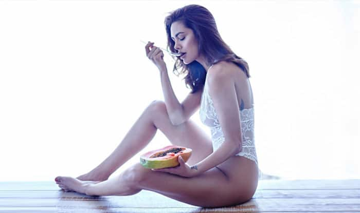 Esha Gupta sets the temperature soaring with her bold avatar