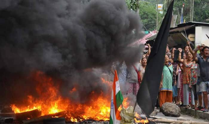 Two people, including a policeman killed during clashes with GJM supporters
