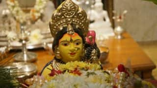 Gowri Habba 2017 Date: Significance and Puja Muhurat of Swarna Gowri Vratha Festival Celebrated Ahead of Ganesh Chaturthi