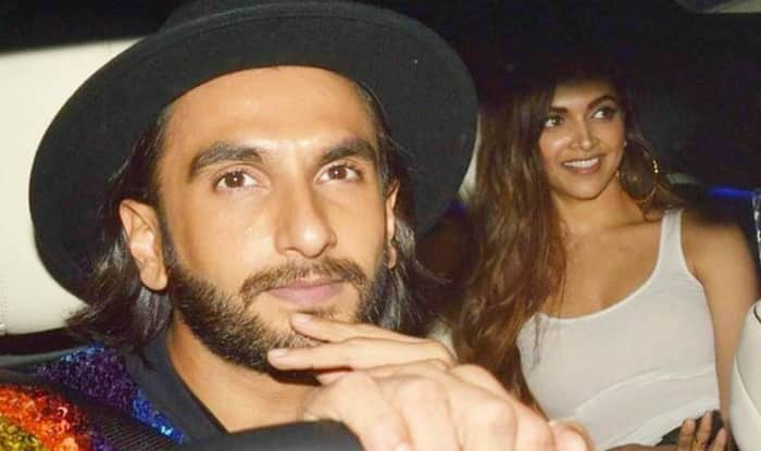 Deepika Padukone and Ranveer Singh's Kissing Photo Goes Viral!