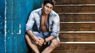 Prateik Babbar to Embrace Drag Culture for Chola The Label at Lakme Fashion Week's Winter-Festive Edition