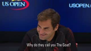 Roger Federer Answers Why He's Called 'GOAT' and Makes 'Pinky Promise' to a Cute Kid (Watch Video)