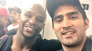 Vijender Singh Shares Selfie With Floyd Mayweather on Twitter