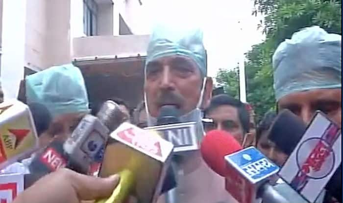 Ghulam Nabi Azad counters PM Modi on 'poor background' remark