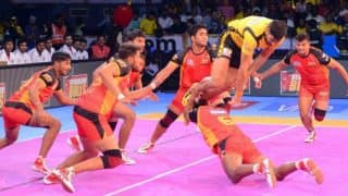 Bengaluru Bulls vs Tamil Thalaivas Live Streaming Pro Kabaddi 2017: Watch Live Telecast of Bulls vs Thalaivas on Hotstar