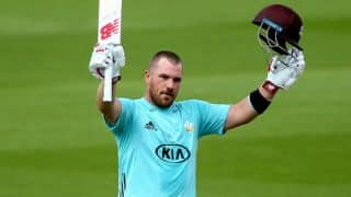 Aaron Finch Smashes 30 Runs in One Over Against Sussex in NatWest T20 Blast, Watch Video