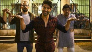कबड्डी लीग में अपनी फिल्म 'लखनऊ सेंट्रल' का प्रमोशन करने पहुंचे फरहान अख्तर