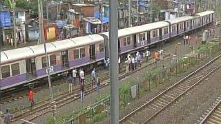 मुंबई: माहिम के पास लोकल ट्रेन के चार डिब्बे पटरी से उतरे, यातायात प्रभावित