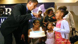 Barack Obama Turns 56, Michelle Wishes 'Phenomenal' Husband