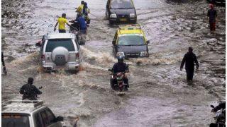 Mumbai Rains, Waist Deep Water and a Newcomer Witnessing The Spirit of Mumbaikars