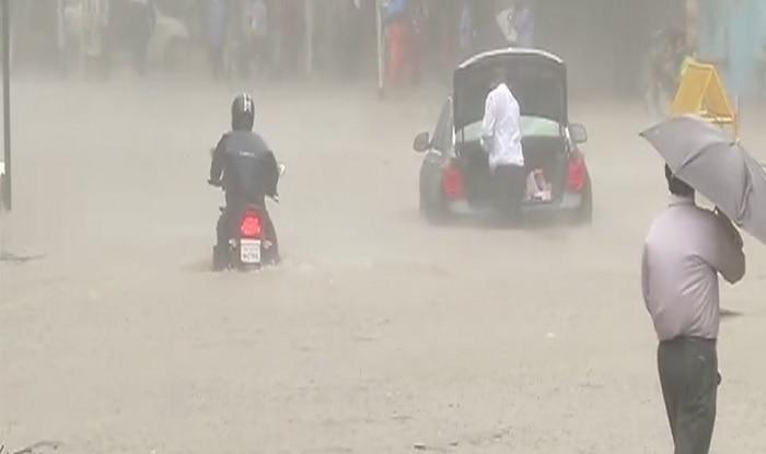Navy Serves Fresh Meal To Rain-Battered Mumbaikars