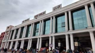 'Jobless' Hotel Workers Turn Coolies at New Delhi Railway Station as Trains Resume Services