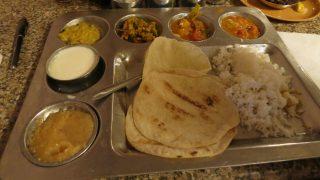 बेंगलुरु: कांग्रेस देगी गरीबों को 10 रुपये में भरपेट खाना, शुरू हुई 'इंदिरा' कैंटीन