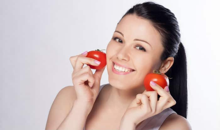 Top 5 DIY Tomato Face Masks for Clear and Radiant Skin