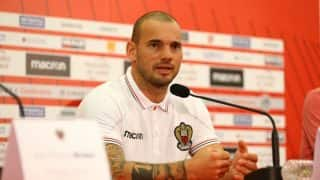 Wesley Sneijder Signs For Nice on Free Transfer From Galatasaray