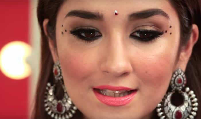 Navratri 2017 Makeup For Office Simple 9 To 5 Festive Makeup Look For Working Women - India.com