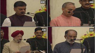 मोदी मंत्रिमंडल के विस्तार में 13 मंत्रियों ने ली शपथ, नौकरशाहों का बोलबाला