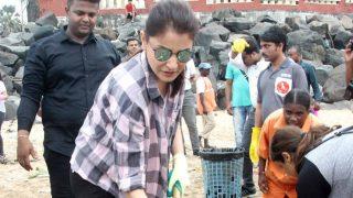 Anushka Sharma Helps Clean Versova Beach as Part of Swachh Bharat Abhiyan! View Pics
