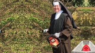 Hurricane Irma: Nun Clearing Trees With Chainsaw In South Flordia Goes Viral (Watch Video)