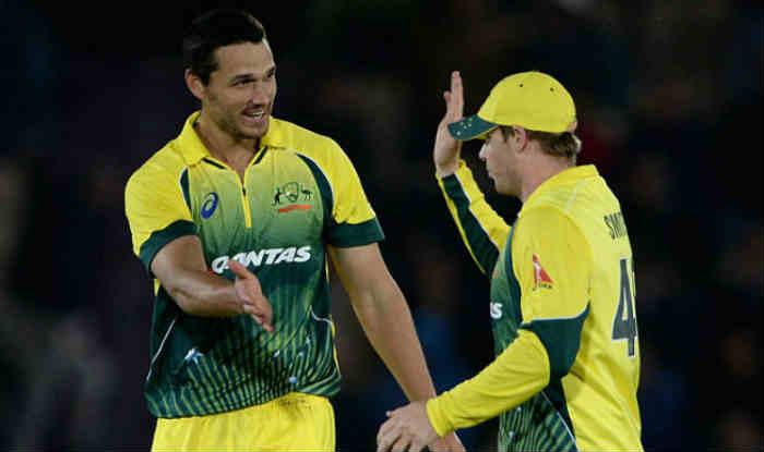 नाथन कॉल्टर नाइल ने पहले वनडे में भारत को लगातार तीन झटके दिए (Getty)