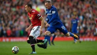 EPL 2017/18: Manchester United Beat Everton 4-0; Chelsea, Arsenal Play Out Goalless Draw