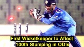 MS Dhoni Completes Record Breaking 100th Stumping, Highest in ODIs: Twitterati Praises Indian Wicketkeeper