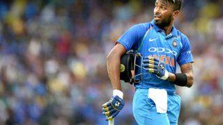 India vs Australia: Ravi Shastri Was the Brain Behind Promoting Hardik Pandya Up the Order, Says Virat Kohli