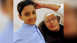 Former President of India Pranab Mukherjee Masters An Important Feat, Learns To Take Selfie From A Boy