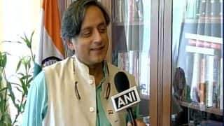 Shashi Tharoor Lauds Sushma Swaraj For Acknowledging Accomplishments of Congress at UN