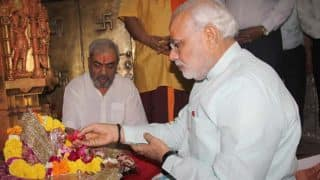 PM Narendra Modi on Nine-Day Navratri Fast From Today, to Have Only Water