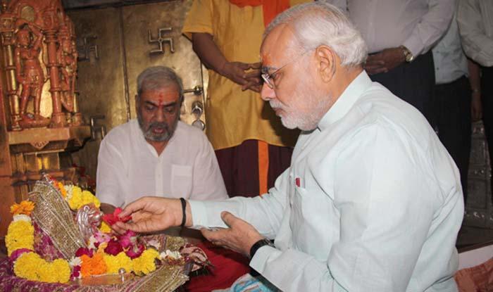 प्रधानमंत्री नरेंद्र मोदी, नवरात्रि कैसे मनाते हैं?