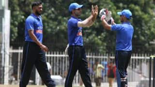Board President's XI vs Australia: Akshay Karnewar Surprises Australia by Bowling With Both Arms in Same Over