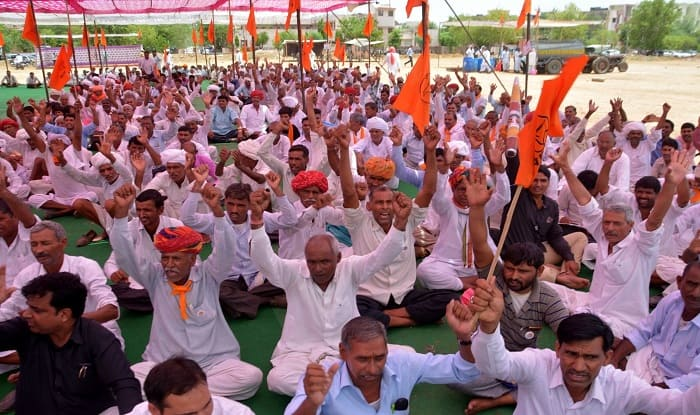 Rajasthan announces Rs 20000 crore farm loan waiver, farmers call off protest""