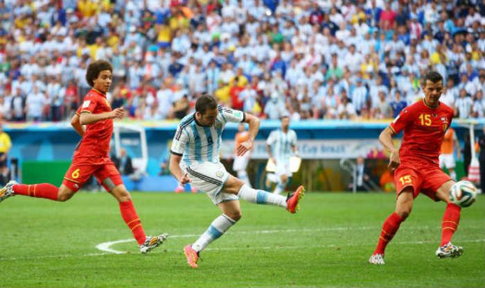 Gonzalo Higuain in action.