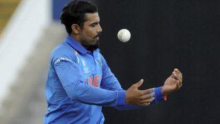 अक्षर पहले तीन वनडे से बाहर, जडेजा टीम में शामिल