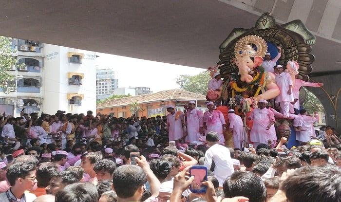 The final journey of Lalbaug Cha Raja for 2017