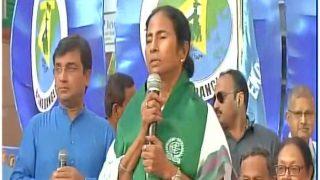 दुर्गा विसर्जन: हाई कोर्ट की फटकार के बाद भी नहीं बदले ममता के तेवर
