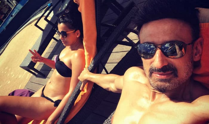 Telugu Villain Rahul Dev holidaying with girlfriend Mugdha Godse in Sri Lanka