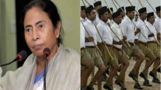 'Don't Play With Fire': Mamata Banerjee Warns RSS, Affiliates Against Use of Weapons in Durga Puja
