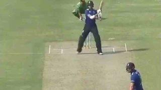 इस बल्लेबाज के 'हेलिस्कूप' शॉट से सोशल मीडिया में मचा तहलका, वीडियो देखकर रह जाएंगे हैरान!