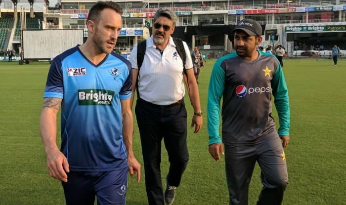 World XI skipper Faf du Plessis and Pakistan skipper Sarfraz Ahmed