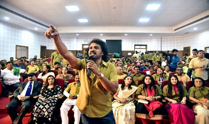 Kannada film star Upendra unveils name of his new political outfit