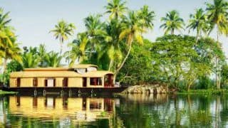 How to Travel From Thiruvananthapuram to Alleppey by Road or Rail