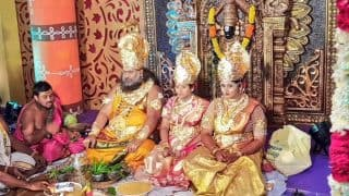 Bride As Lakshmi, Bridegroom As Vishnu, Andhra Pradesh Godman's Family Dress A Gods For Daughter's Wedding (See Pictures)