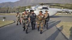 थलसेना प्रमुख बिपिन रावत ने कश्मीर में सुरक्षा हालात की समीक्षा की