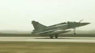 IAF Aircraft Perform Touch Down on Lucknow-Agra Expressway During Landing Exercise - Watch Video