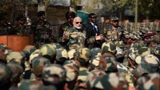 Narendra Modi Celebrates Diwali With Indian Army Jawans in Jammu and Kashmir, Mentions OROP Implementation