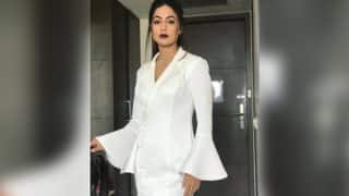Bigg Boss 11 Contestant Hina Khan Had Entered The House And Is Already Sad