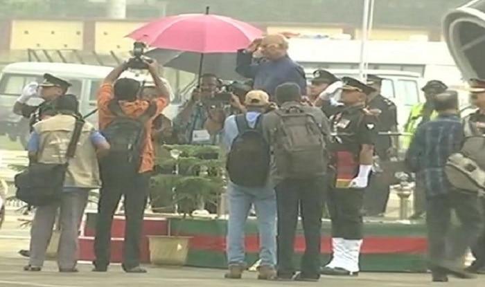 Amid Rain in Kerala, President Ram Nath Kovind Takes Salute Without Umbrella
