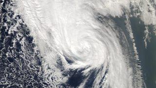 Storm Ophelia Claims 3 Lives in Ireland, Heads Towards UK